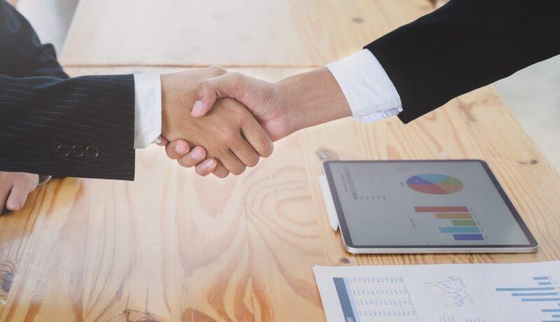كيفية حساب مكافأة نهاية الخدمة في الكويت